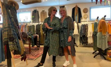 Katarina och jag går bärsärk på Oriental and Vintage!