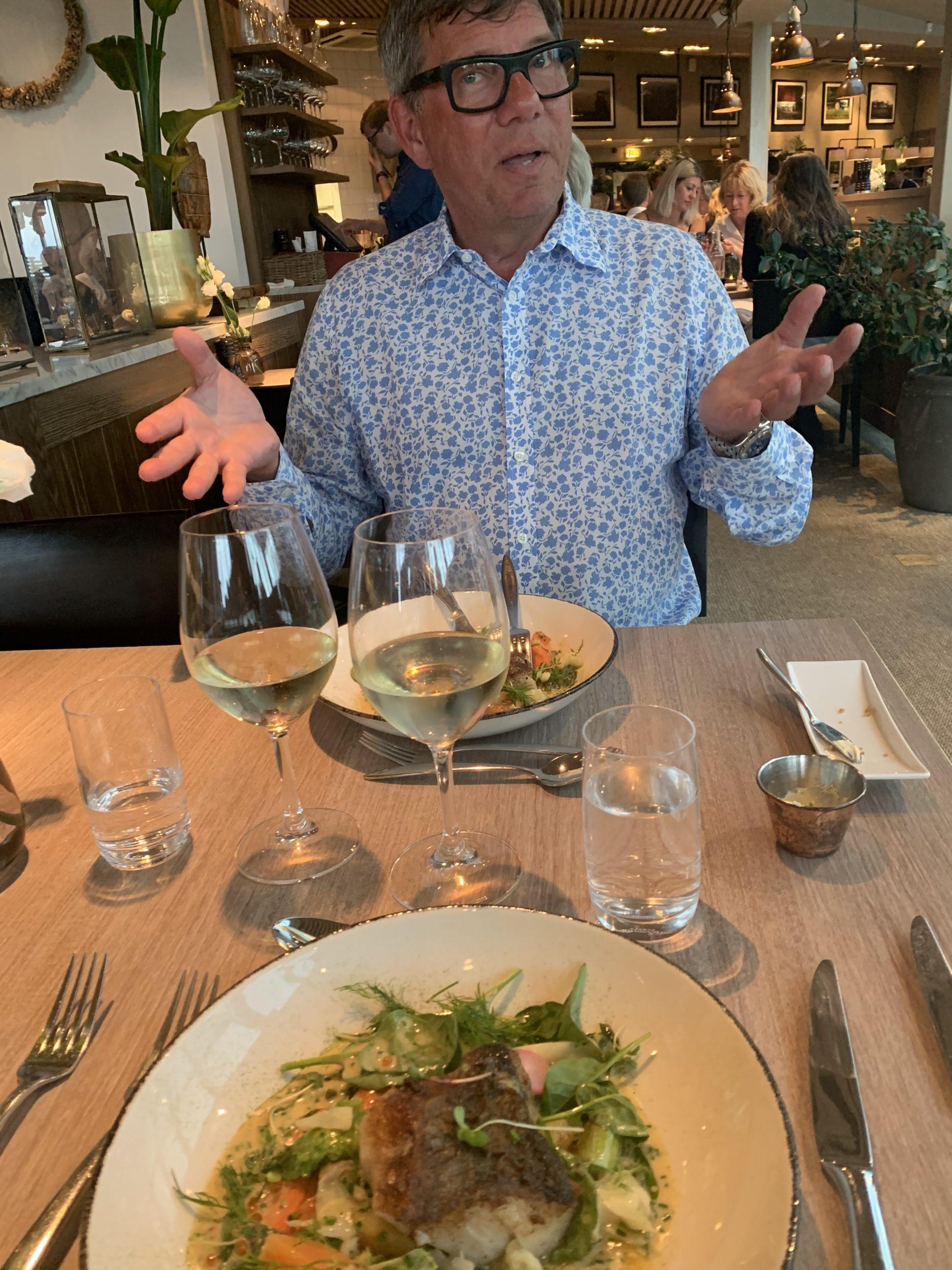Lyxig middag i hotellets restaurang