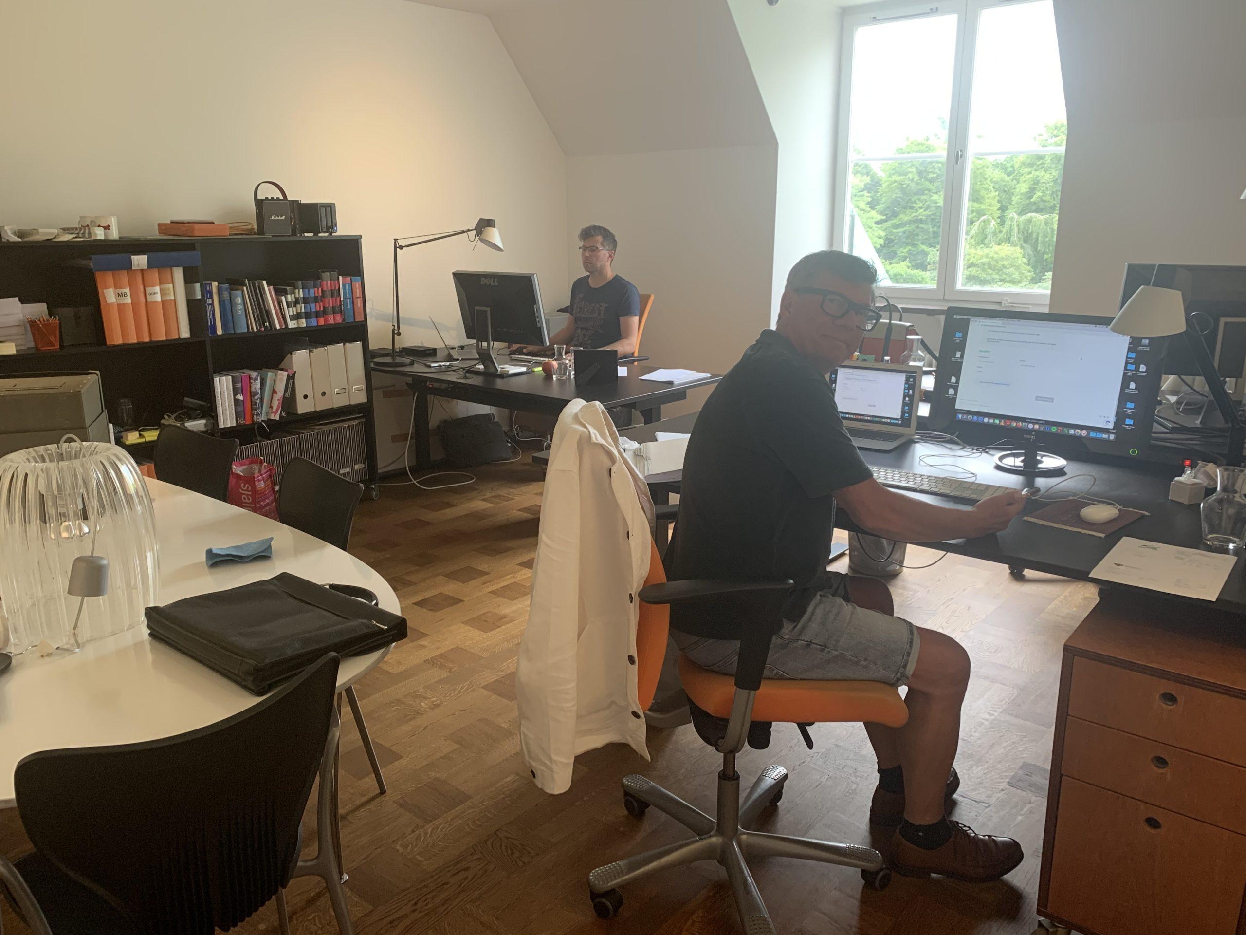 Richard och Micke på Rakts nya kontor
