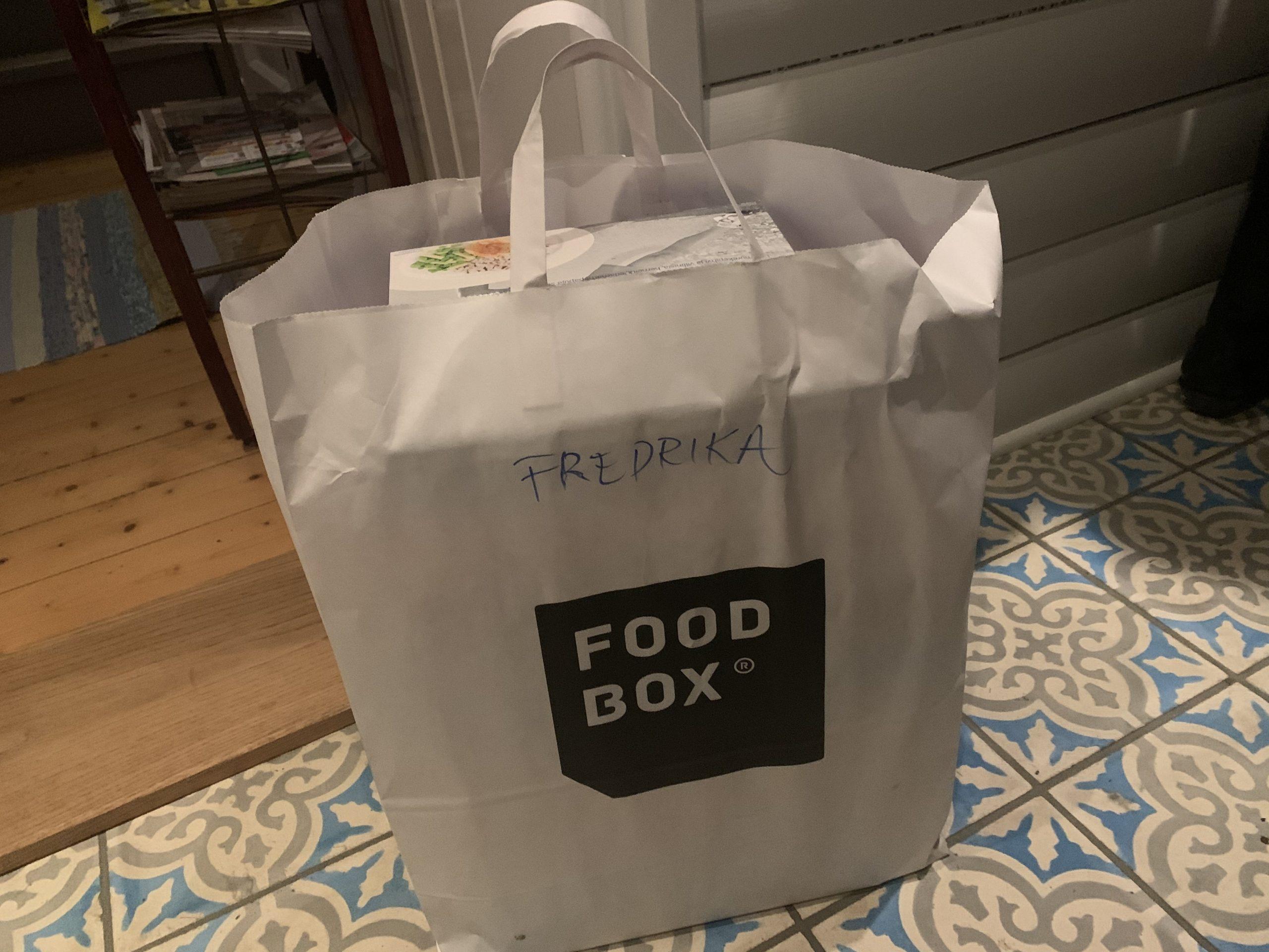 En kasse med mina måltider för en vecka, foodbox challenge